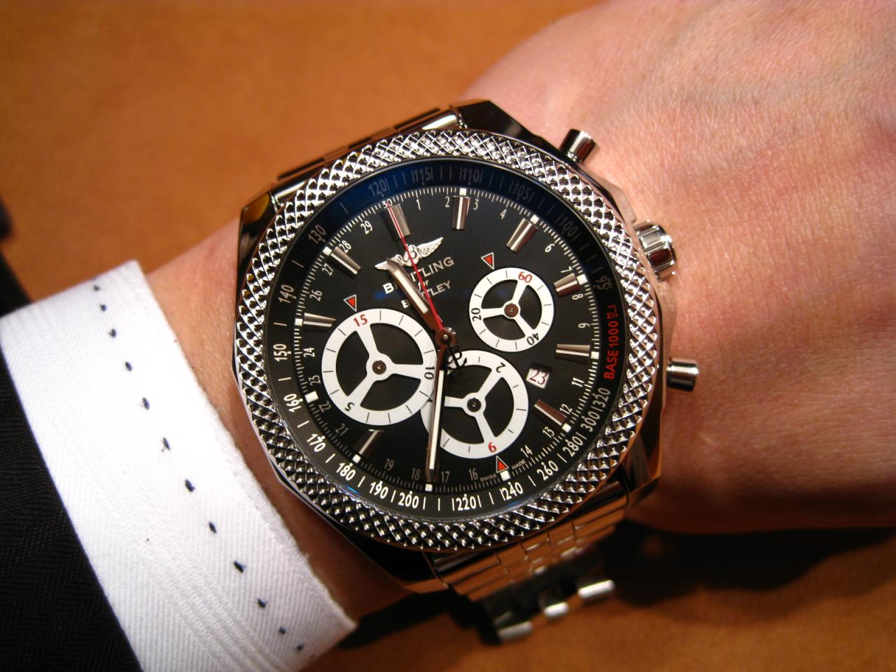 watch breitling bentley задача